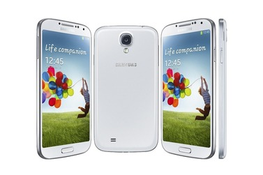 Телефон Samsung GALAXY S4 64Gb белый (GT-I9500)