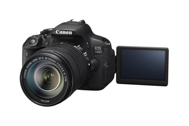 Зеркальный фотоаппарат Canon EOS 700D + 18-135 IS STM Kit