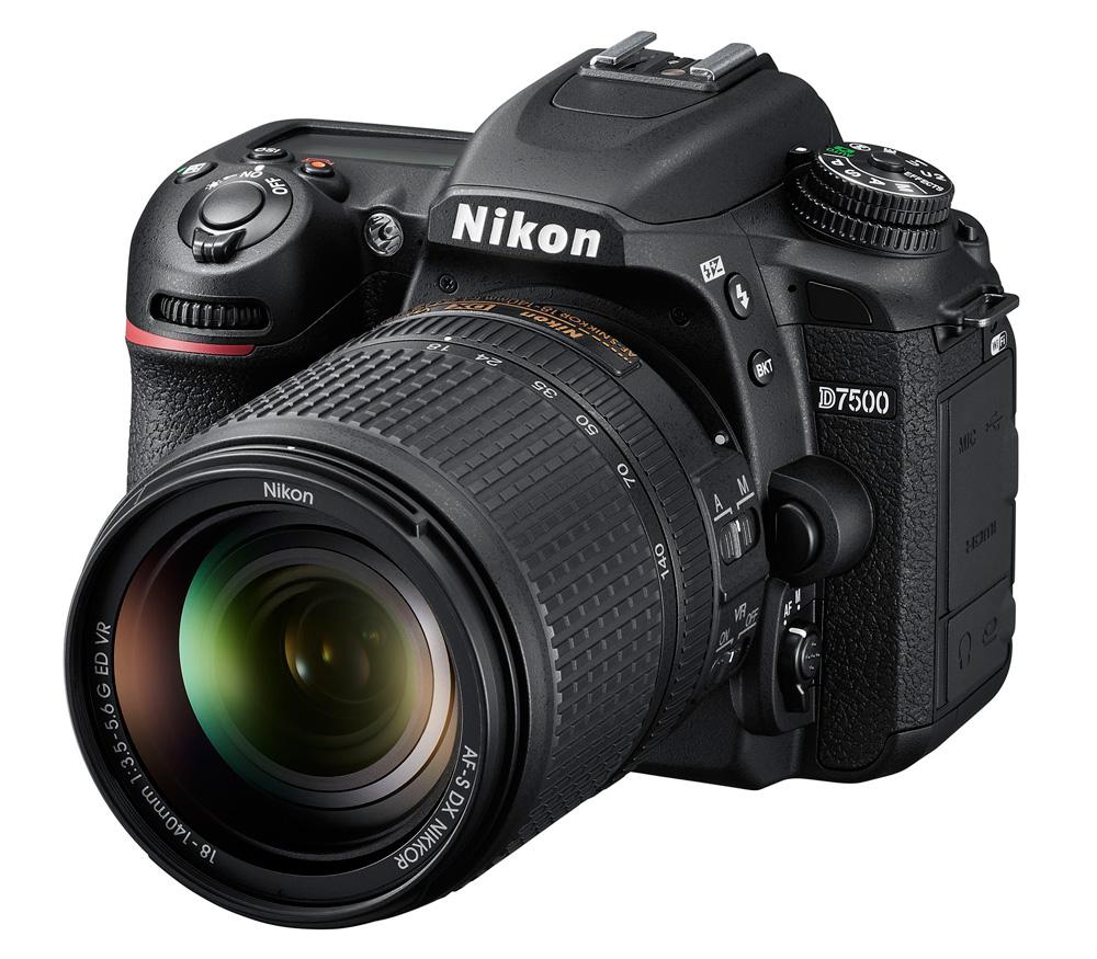 Зеркальный фотоаппарат Nikon D7500 Kit с AF-S 18-140 VR фото
