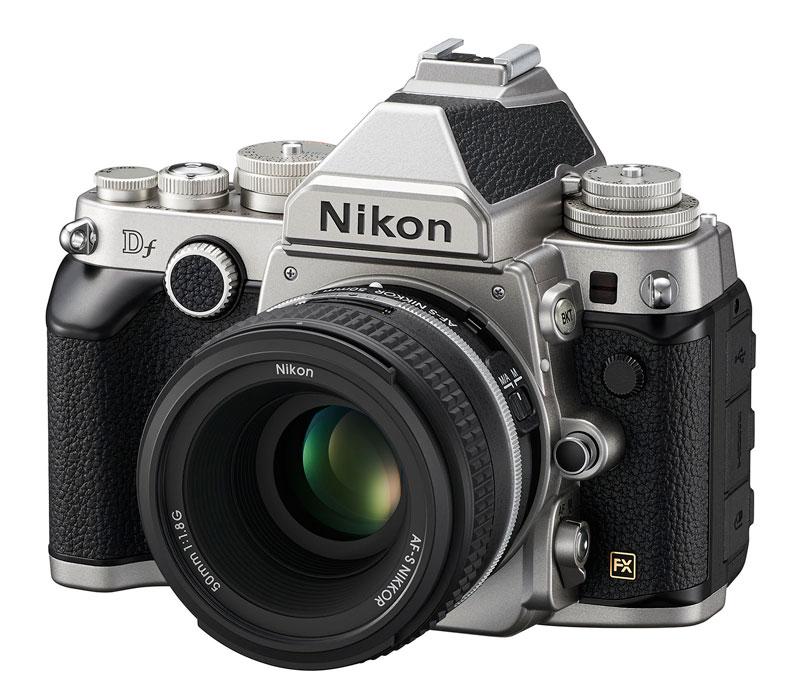 Зеркальный фотоаппарат Nikon Df kit